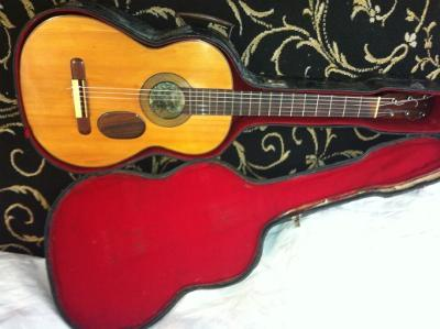 1917 JOSE RAMIREZ FLAMENCO GUITAR