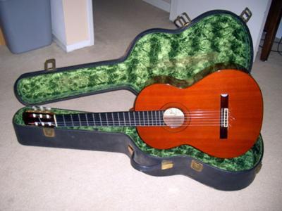 1975 Ramirez Classical Guitar with case