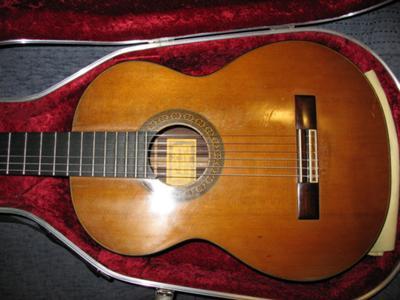 1988 Joaquin Garcia Classical Guitar frong