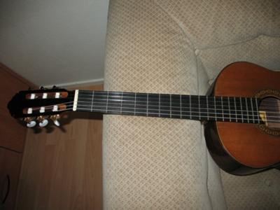 1988 Joaquin Garcia Classical Guitar neck head