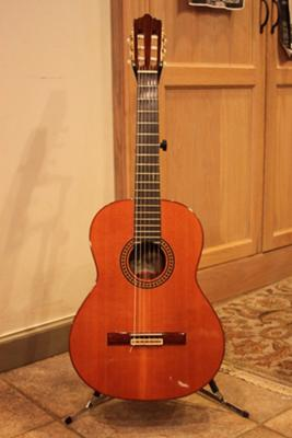 Ramirez 1E Guitar http://www.classical-guitar-world.com/1999-ramirez-4e-cedartop-classical-guitar-for-sale.html
