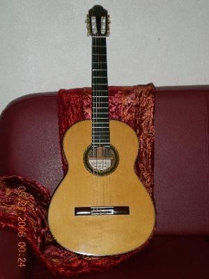 antonio marin montero guitar for sale as new. Black Bedroom Furniture Sets. Home Design Ideas