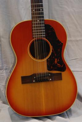 Gibson Acoustic Guitar, B25-12, 1964: Body closeup