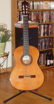 Ramirez 1E Guitar http://www.classical-guitar-world.com/jose-ramirez-1e-2005-classical-guitar-for-sale-1150-dollars.html