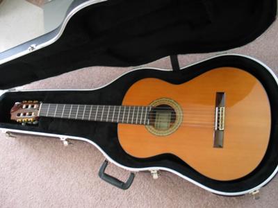 used alhambra 5p classical guitar for sale. Black Bedroom Furniture Sets. Home Design Ideas