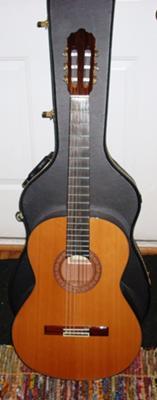 Enriquez model 25 Classical guitar
